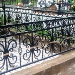 Кованые оградки